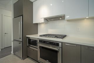 """Photo 10: 2901 3080 LINCOLN Avenue in Coquitlam: North Coquitlam Condo for sale in """"1123 WESTWOOD"""" : MLS®# R2472886"""