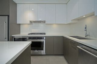 """Photo 9: 2901 3080 LINCOLN Avenue in Coquitlam: North Coquitlam Condo for sale in """"1123 WESTWOOD"""" : MLS®# R2472886"""