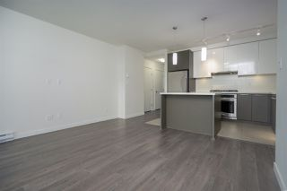 """Photo 6: 2901 3080 LINCOLN Avenue in Coquitlam: North Coquitlam Condo for sale in """"1123 WESTWOOD"""" : MLS®# R2472886"""