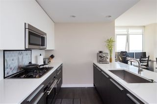 """Photo 5: 4407 4485 SKYLINE Drive in Burnaby: Brentwood Park Condo for sale in """"SOLO DISTRICT ALTUS"""" (Burnaby North)  : MLS®# R2504482"""
