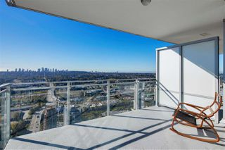 """Photo 22: 4407 4485 SKYLINE Drive in Burnaby: Brentwood Park Condo for sale in """"SOLO DISTRICT ALTUS"""" (Burnaby North)  : MLS®# R2504482"""