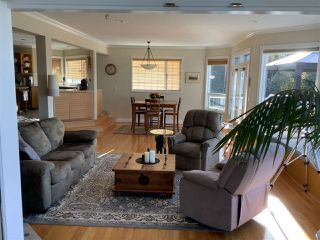 Photo 15: 5200 CHARTWELL Road in Sechelt: Sechelt District House for sale (Sunshine Coast)  : MLS®# R2510195