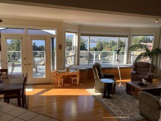 Photo 9: 5200 CHARTWELL Road in Sechelt: Sechelt District House for sale (Sunshine Coast)  : MLS®# R2510195