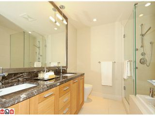 "Photo 6: # 301 15152 RUSSELL AV: White Rock Condo for sale in ""Miramar Village"" (South Surrey White Rock)  : MLS®# F1101301"