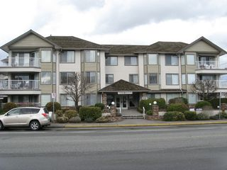 Photo 1: 311 33401 Mayfair in Abbotsford: Condo for sale