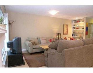 Photo 3: 202 1200 W 10TH Avenue in Vancouver: Fairview VW Townhouse for sale (Vancouver West)  : MLS®# V658964