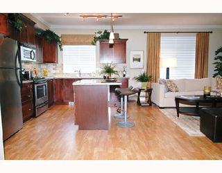 "Photo 6: 106 12258 224TH Street in Maple_Ridge: East Central Condo for sale in ""STONEGATE"" (Maple Ridge)  : MLS®# V659316"