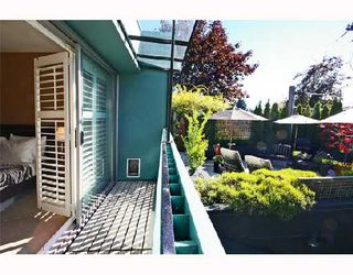 """Photo 9: 1960 CREELMAN Avenue in Vancouver: Kitsilano House 1/2 Duplex for sale in """"KITS POINT"""" (Vancouver West)  : MLS®# V667745"""