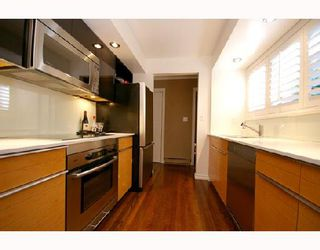 """Photo 5: 1960 CREELMAN Avenue in Vancouver: Kitsilano House 1/2 Duplex for sale in """"KITS POINT"""" (Vancouver West)  : MLS®# V667745"""
