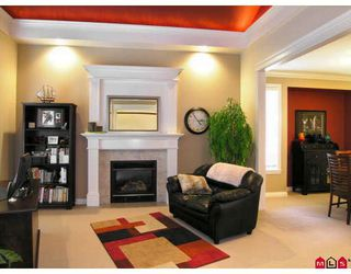 "Photo 3: 4413 208A Street in Langley: Brookswood Langley House for sale in ""Cedar Ridge"" : MLS®# F2727832"