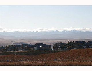 Photo 10: 5 GLENVISTA Key: Cochrane Residential Detached Single Family for sale : MLS®# C3306011