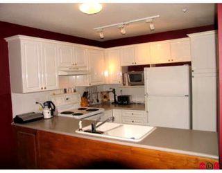 "Photo 3: 112 12155 75A Avenue in Surrey: West Newton Condo for sale in ""Strawberry Hills Estate"" : MLS®# F2807356"