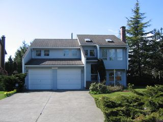 "Photo 1: 6337 130B Street in Surrey: Panorama Ridge House for sale in ""Panorama Park"" : MLS®# F2808649"