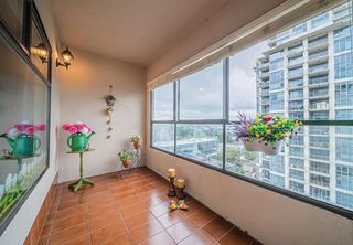 "Photo 15: 1306 615 BELMONT Street in New Westminster: Uptown NW Condo for sale in ""Belmont Towers"" : MLS®# R2390199"