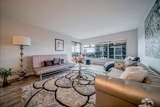 "Photo 6: 1306 615 BELMONT Street in New Westminster: Uptown NW Condo for sale in ""Belmont Towers"" : MLS®# R2390199"