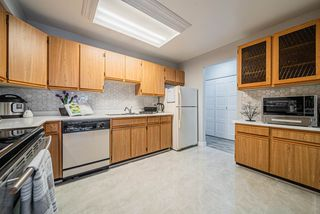 "Photo 12: 1306 615 BELMONT Street in New Westminster: Uptown NW Condo for sale in ""Belmont Towers"" : MLS®# R2390199"