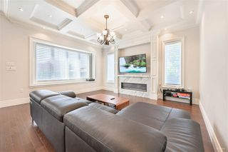 "Photo 6: 5105 ELSOM Avenue in Burnaby: Forest Glen BS House for sale in ""Forest Glen BS"" (Burnaby South)  : MLS®# R2392662"