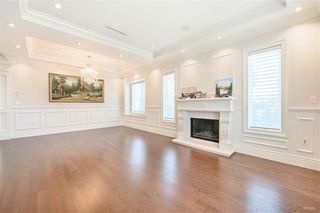"Photo 3: 5105 ELSOM Avenue in Burnaby: Forest Glen BS House for sale in ""Forest Glen BS"" (Burnaby South)  : MLS®# R2392662"