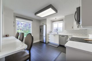 Photo 8: 3863 51 Street in Edmonton: Zone 29 House for sale : MLS®# E4171569