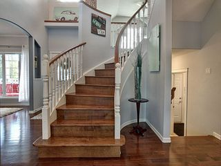 Photo 3: 167 Galland Crescent in Edmonton: Zone 58 House for sale : MLS®# E4177215
