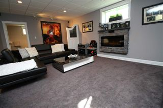 Photo 38: 10613 174A Avenue in Edmonton: Zone 27 House for sale : MLS®# E4183833