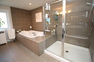 Photo 21: 10613 174A Avenue in Edmonton: Zone 27 House for sale : MLS®# E4183833