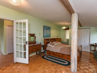 Photo 5: 770 Knight Rd in COMOX: CV Comox Peninsula House for sale (Comox Valley)  : MLS®# 833494