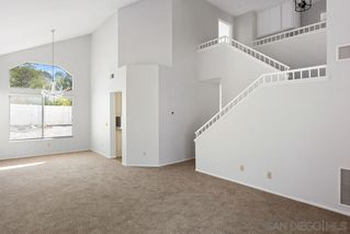 Photo 2: OCEANSIDE House for sale : 3 bedrooms : 5385 Blackberry Way