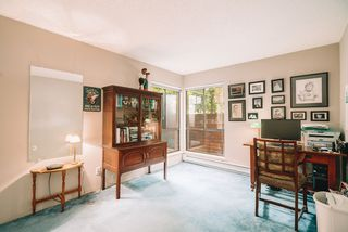 """Photo 5: 101 333 WETHERSFIELD Drive in Vancouver: South Cambie Condo for sale in """"LANGARA COURT"""" (Vancouver West)  : MLS®# R2467887"""