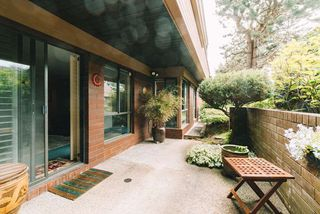 """Photo 14: 101 333 WETHERSFIELD Drive in Vancouver: South Cambie Condo for sale in """"LANGARA COURT"""" (Vancouver West)  : MLS®# R2467887"""