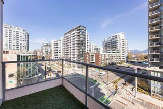 "Photo 14: 608 108 E 1ST Avenue in Vancouver: Mount Pleasant VE Condo for sale in ""Meccanica"" (Vancouver East)  : MLS®# R2475354"