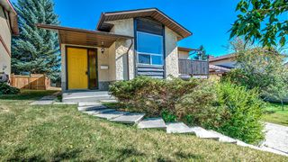 Main Photo: 12 EDGEHILL Rise NW in Calgary: Edgemont Detached for sale : MLS®# A1032167