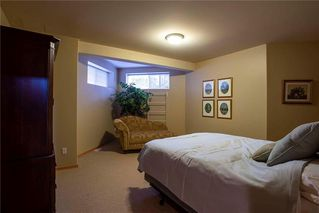 Photo 28: 554 Victoria Grove South in Winnipeg: Pulberry Residential for sale (2C)  : MLS®# 202028269