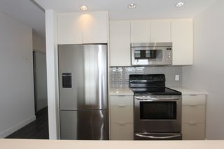 Photo 11: 1105 1201 Marinaside Cres in Vancouver: Yaletown Condo for sale or rent (v)