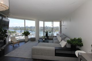 Photo 8: 1105 1201 Marinaside Cres in Vancouver: Yaletown Condo for sale or rent (v)