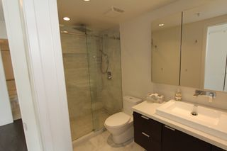 Photo 13: 1105 1201 Marinaside Cres in Vancouver: Yaletown Condo for sale or rent (v)