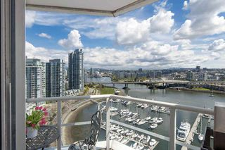 Photo 2: 1105 1201 Marinaside Cres in Vancouver: Yaletown Condo for sale or rent (v)