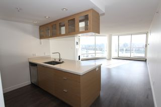 Photo 9: 1105 1201 Marinaside Cres in Vancouver: Yaletown Condo for sale or rent (v)
