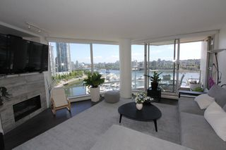 Photo 4: 1105 1201 Marinaside Cres in Vancouver: Yaletown Condo for sale or rent (v)