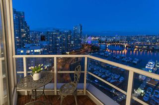 Photo 3: 1105 1201 Marinaside Cres in Vancouver: Yaletown Condo for sale or rent (v)