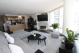 Photo 6: 1105 1201 Marinaside Cres in Vancouver: Yaletown Condo for sale or rent (v)