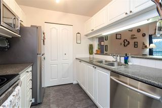 """Photo 13: 337 19528 FRASER Highway in Surrey: Cloverdale BC Condo for sale in """"The Fairmont"""" (Cloverdale)  : MLS®# R2520413"""