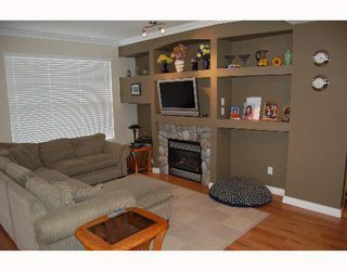 """Photo 3: 11720 COTTONWOOD Drive in Maple Ridge: Cottonwood MR Townhouse for sale in """"COTTONWOOD GREEN"""" : MLS®# V634707"""