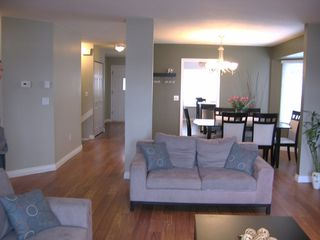 "Photo 11: # 136 - 28 Richmond Street in New Westminster: Fraserview NW Townhouse for sale in ""Castle Ridge"" : MLS®# V816862"