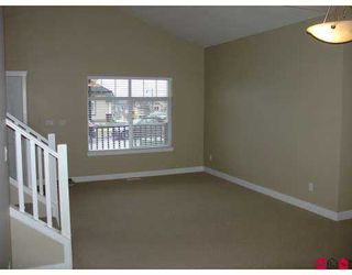 """Photo 5: 5963 165TH Street in Surrey: Cloverdale BC House for sale in """"Clover Ridge"""" (Cloverdale)  : MLS®# F2712749"""