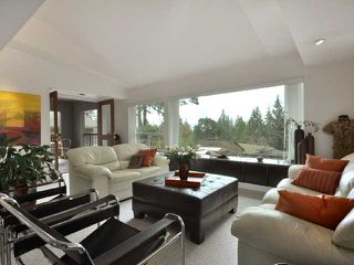 Photo 2: 1457 DEMPSEY RD in North Vancouver: Lynn Valley House for sale : MLS®# V885443