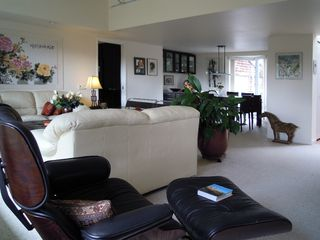 Photo 15: 1457 DEMPSEY RD in North Vancouver: Lynn Valley House for sale : MLS®# V885443