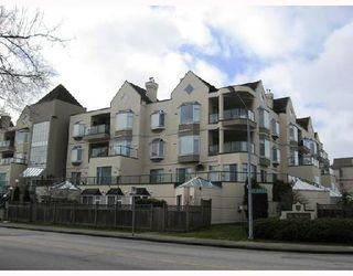 """Photo 1: 208 7633 ST ALBANS Road in Richmond: Brighouse South Condo for sale in """"ST ALBANS CRT"""" : MLS®# V685973"""