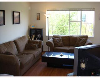 "Photo 3: 311 6888 SOUTHPOINT Drive in Burnaby: South Slope Condo for sale in ""The Cortina"" (Burnaby South)  : MLS®# V711674"