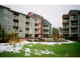 Photo 2: 102 1820 Kent  E in Vancouver: FV Fraserview Condo for sale (VE Vancouver East)  : MLS®# V622880